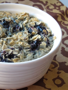 Blueberry Almond Overnight Oatmeal_theoatmealartist