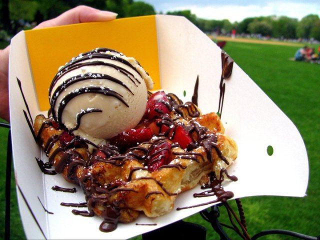 Waffle with spekuloos ice cream from Wafels & Dinges in Central Park (photo credit: Houston Press Blogs)