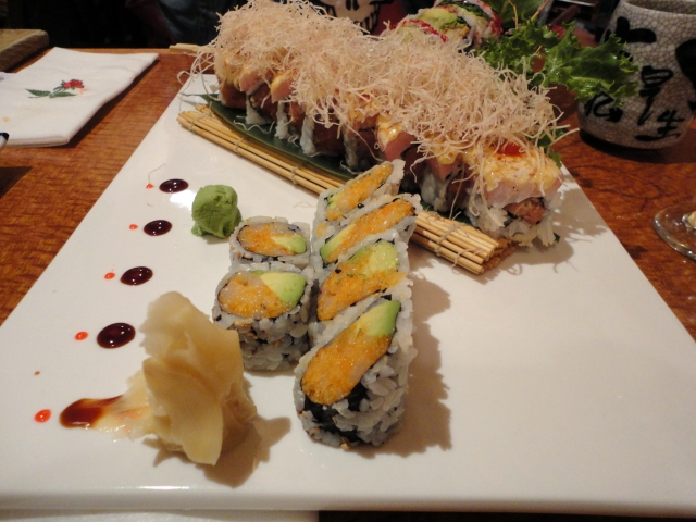 scallop-roll-spicy-tuna